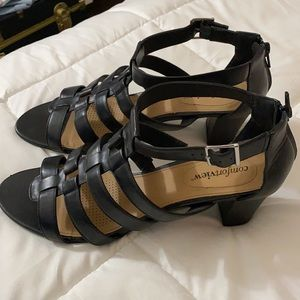 Adorable caged zipper backed sandals/heels